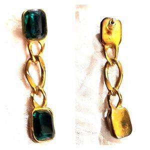 Single emerald rhinestone earring